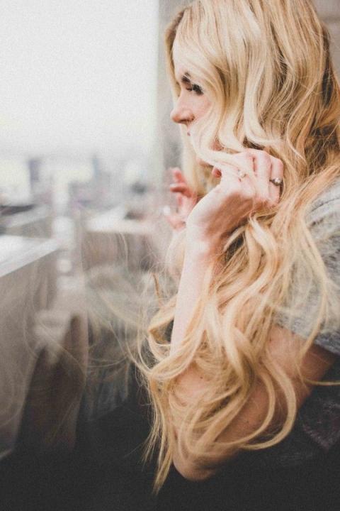 Những thay đổi nhỏ giúp bạn đỡ chán mái tóc dài cũ kĩ 9