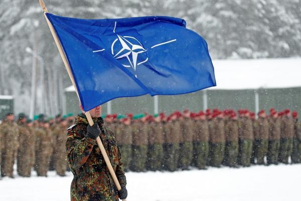 NATO đến gần Ukraine gửi thông điệp ớn lạnh cho Nga