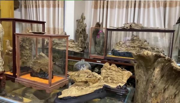 NS Hoài Linh vô tình bị đàn em làm lộ tài sản cực khủng: Hết BST trầm hương trăm tỷ đến đong kim cương bằng lon gạo?