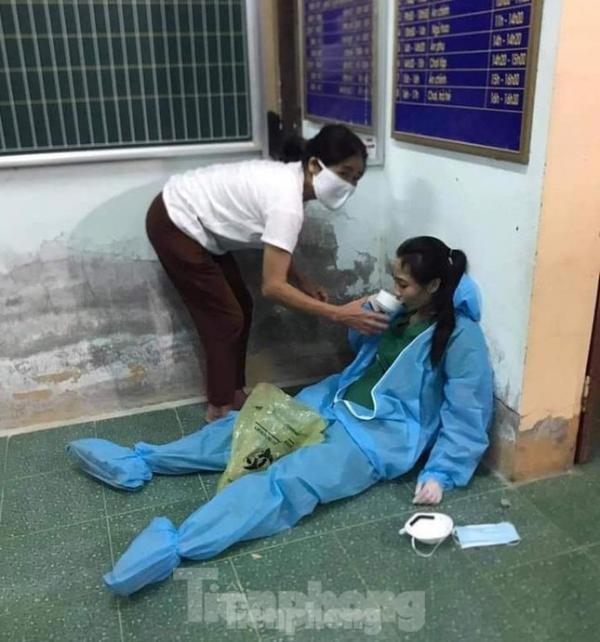 Cuộc chiến chống dịch ở Nghệ An: Rang mình giữa chảo lửa, trắng đêm lấy mẫu xét nghiệm